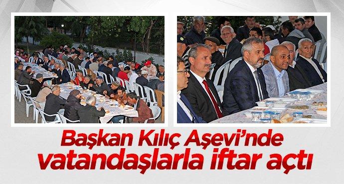 Başkan Kılıç Aşevinde vatandaşla iftar açtı