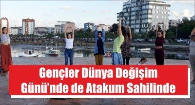 Gençler Dünya Değişim Günü'nde de Atakum Sahilinde