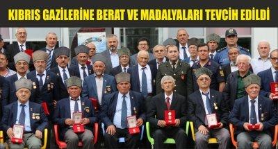 KIBRIS GAZİLERİNE BERAT VE MADALYALARI TEVCİH EDİLDİ