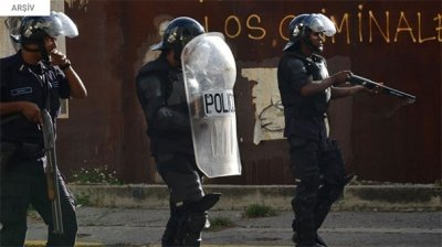 Polis merkezinde çatışma
